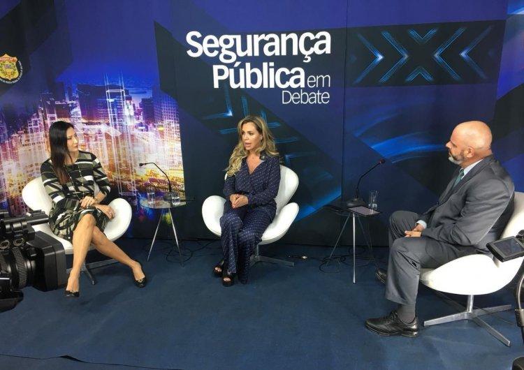 Sra Raquel Gallinati, Renata Banhara e Adriano Moneta